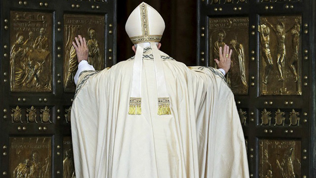 Pope Francis opens Holy Door at St. Peter's Basilica