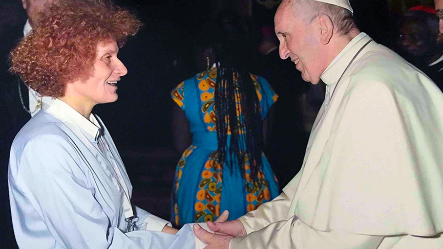 Alessandra Santopadre meets Pope Francis in Rome