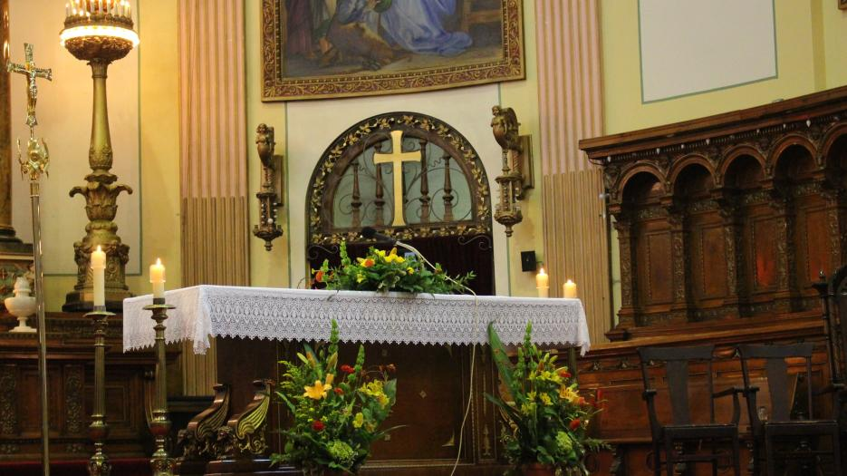 The Saint Pierre-Claver's church altar. (Photo: Isabelle de Chateauvieux) © Catholic Archdiocese of Montreal