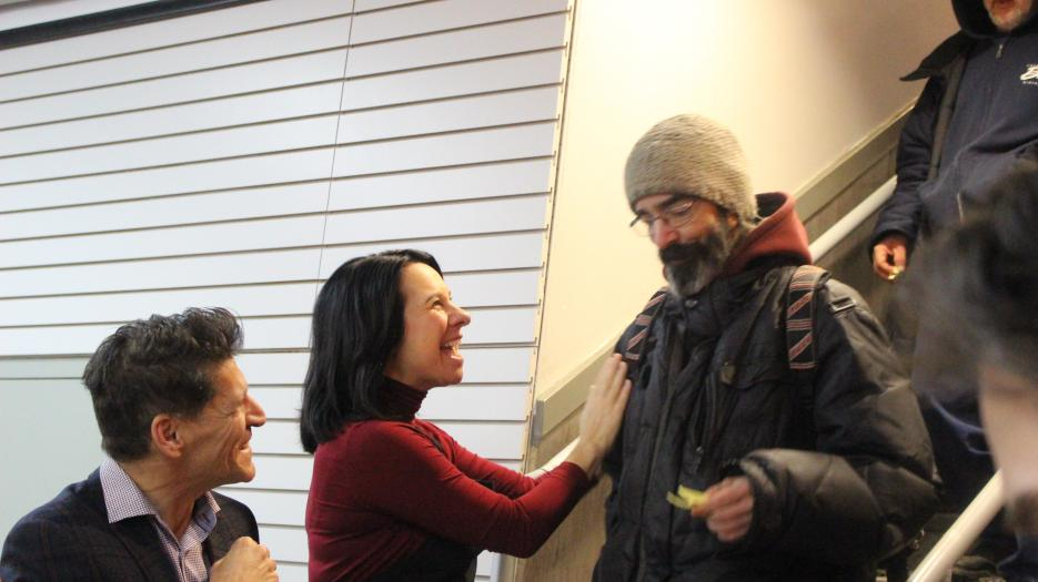 Montreal mayor, Valérie Plante welcomes everyone with a kind word (Photo : Isabelle de Chateauvieux)