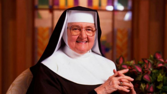 EWTN's Mother Angelica dies at the age of 92